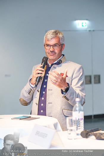 Seefeld Künstler PK - BA Kunstforum, Wien - Di 02.06.2020 - Werner FRIEßER FRIESSER (Bürgermeister Seefeld Tirol)27