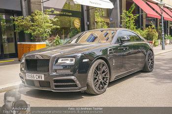 Arnautovic Gin Präsentation - Hotel Grad Ferdinand - Do 04.06.2020 - Marko Arnautovics Rolls Royce Mansory mit britischem Kennzeichen19