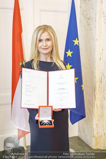Großes Ehrenzeichen für Sonja Sarközi - BM für Digitalisierung und Wirtschaftsstandort - Mo 08.06.2020 - Sonja SARKÖZI2