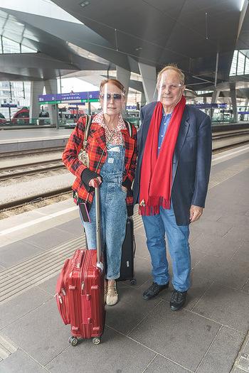 Künstler Abreise nach Seefeld - Hauptbahnhof, Wien - Do 11.06.2020 - Christian Ludwig ATTERSEE, Ingried BRUGGER18