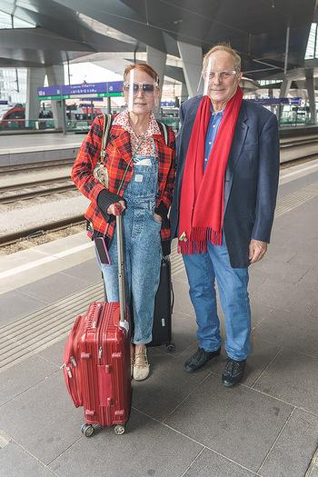 Künstler Abreise nach Seefeld - Hauptbahnhof, Wien - Do 11.06.2020 - Christian Ludwig ATTERSEE, Ingried BRUGGER19