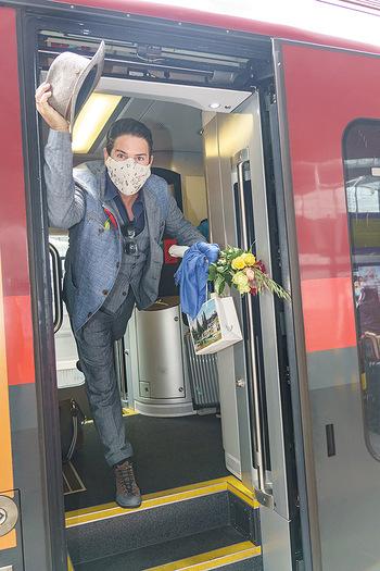 Künstler Abreise nach Seefeld - Hauptbahnhof, Wien - Do 11.06.2020 - Clemens UNTERREINER39