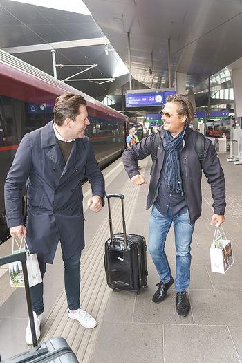 Künstler Abreise nach Seefeld - Hauptbahnhof, Wien - Do 11.06.2020 - Daniel SERAFIN, Michael DANGL42