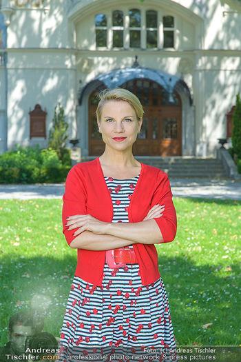 Werbeshooting für Festspielprogramm - Theaterpark Berndorf - Sa 13.06.2020 - Kristina SPRENGER (Portrait)54