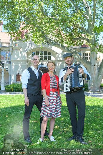 Werbeshooting für Festspielprogramm - Theaterpark Berndorf - Sa 13.06.2020 - Robert KOLAR, Kristina SPRENGER, Helmut (Helmuth) Thomas STIPPIC58