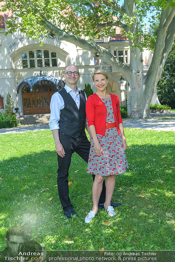 Werbeshooting für Festspielprogramm - Theaterpark Berndorf - Sa 13.06.2020 - Robert KOLAR, Kristina SPRENGER77