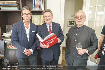 Ewald Plachutta Geburtstag - Brandstätter Verlag, Wien - Mo 15.06.2020 - Christian BRANDSTÄTTER mit Sohn Niki (Nikolaus), Michael LUDWIG13