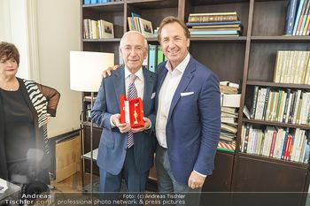 Ewald Plachutta Geburtstag - Brandstätter Verlag, Wien - Mo 15.06.2020 - Ewald PLACHUTTA mit Sohn Mario28