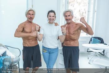 Botox Boys auf Beautytour - Privatklinik Worseg und John Harris - Di 16.06.2020 - Kristina WORSEG, BOTOX-BOYS (Botoxboys, Wess brothers) Arnold un70