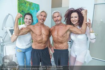 Botox Boys auf Beautytour - Privatklinik Worseg und John Harris - Di 16.06.2020 - BOTOX-BOYS (Botoxboys, Wess brothers) Arnold und Oskar WESS, Kri75