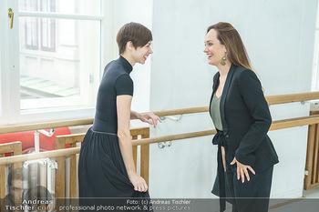Staatsopernballett beim Training - Wiener Staatsoper - Fr 19.06.2020 - Maria YAKOVLEVA, Sasa SCHWARZJIRG3