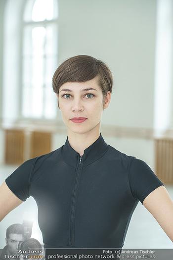 Staatsopernballett beim Training - Wiener Staatsoper - Fr 19.06.2020 - Maria YAKOVLEVA (Portrait)18