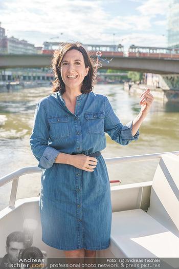 Liebesg´schichten und Heiratssachen - MS Blue Danube, Wien - Mi 24.06.2020 - Nina HOROWITZ8