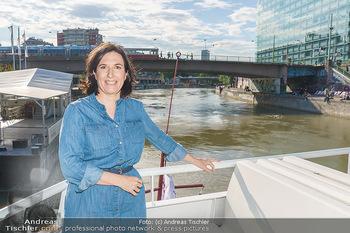Liebesg´schichten und Heiratssachen - MS Blue Danube, Wien - Mi 24.06.2020 - Nina HOROWITZ11