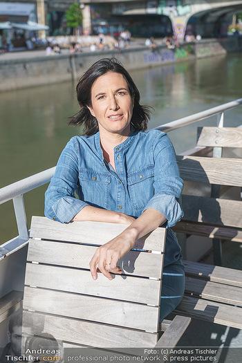 Liebesg´schichten und Heiratssachen - MS Blue Danube, Wien - Mi 24.06.2020 - Nina HOROWITZ (Portrait)13
