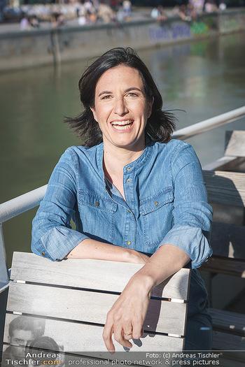 Liebesg´schichten und Heiratssachen - MS Blue Danube, Wien - Mi 24.06.2020 - Nina HOROWITZ (Portrait)17