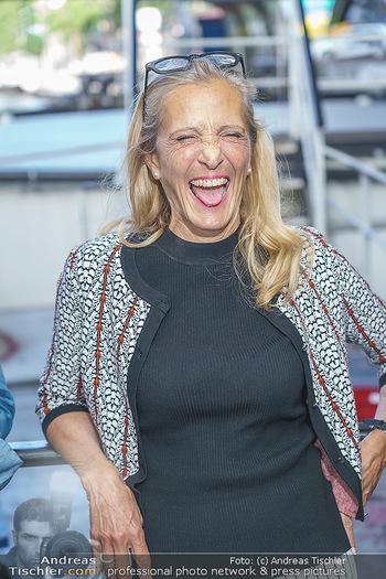 Liebesg´schichten und Heiratssachen - MS Blue Danube, Wien - Mi 24.06.2020 - Kathrin (Katrin) ZECHNER (Portrait)28