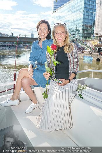 Liebesg´schichten und Heiratssachen - MS Blue Danube, Wien - Mi 24.06.2020 - Nina HOROWITZ, Kathrin (Katrin) ZECHNER37