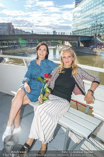 Liebesg´schichten und Heiratssachen - MS Blue Danube, Wien - Mi 24.06.2020 - Nina HOROWITZ, Kathrin (Katrin) ZECHNER41