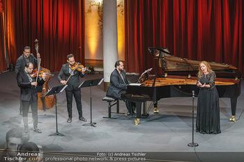 Wir spielen für Österreich - Bühnenfotos - Schloss Esterhazy, Eisenstadt - Fr 26.06.2020 - Janoska Ensemble, Martina SERAFIN1