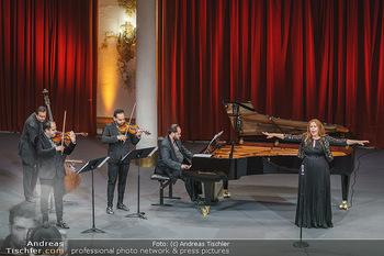 Wir spielen für Österreich - Bühnenfotos - Schloss Esterhazy, Eisenstadt - Fr 26.06.2020 - Janoska Ensemble, Martina SERAFIN47