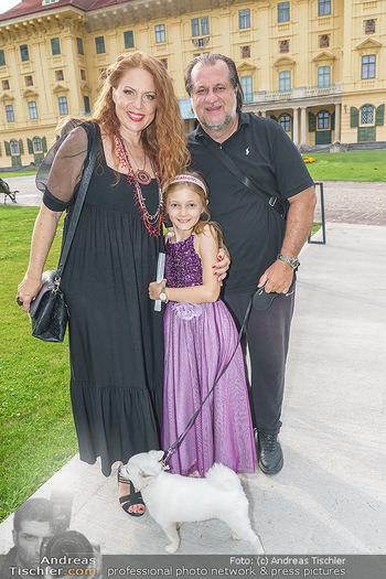 Wir spielen für Österreich - Empfang - Henrici, Eisenstadt - Fr 26.06.2020 - Familie Martina SERAFIN mit Tochter Elisabetta und Alessandro GU41
