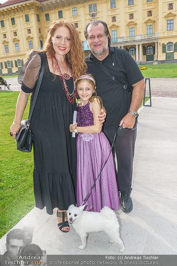 Wir spielen für Österreich - Empfang - Henrici, Eisenstadt - Fr 26.06.2020 - Familie Martina SERAFIN mit Tochter Elisabetta und Alessandro GU42