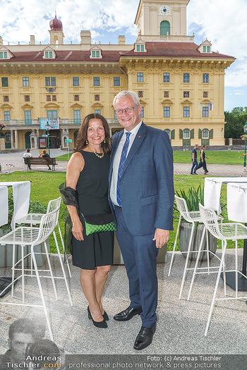 Wir spielen für Österreich - Empfang - Henrici, Eisenstadt - Fr 26.06.2020 - Bürgermeister von Eisenstadt, Thomas STEINER mit Ehefrau48