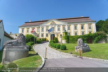 Ein fest für Dominique Meyer - Schloss Gobelsburg, NÖ - Mi 01.07.2020 - Schloss Gobelsburg, Auffahrt3
