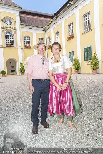 Ein fest für Dominique Meyer - Schloss Gobelsburg, NÖ - Mi 01.07.2020 - Schlossherr und Schlossherrin Michael und Eva MOOSBRUGGER11