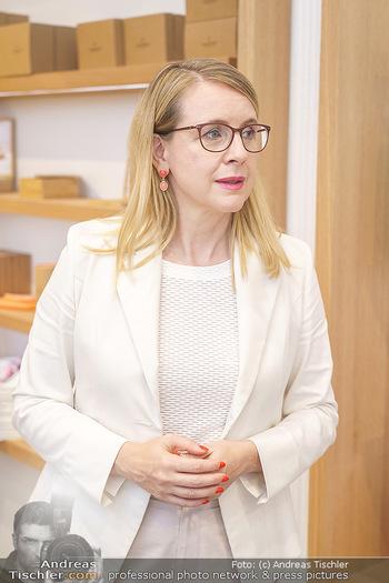 Pre-Opening - Waterdrop Store - Do 02.07.2020 - Ministerin Margarete SCHRAMBÖCK8