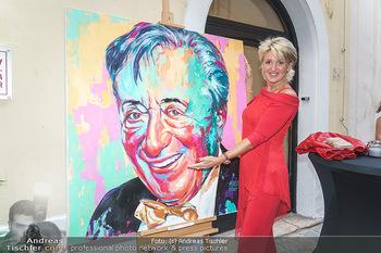 Lugner Gemälde - Galerie Steiner - Do 23.07.2020 - Karin KARRER (Zebra) bei Portrait Gemälde von Richard Lugner16
