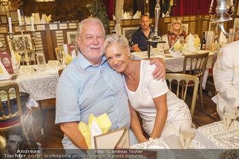 Andy Lee Lang Geburtstag - Marchfelderhof - Mo 27.07.2020 - Hannes KARTNIG mit Ehefrau Claudia60