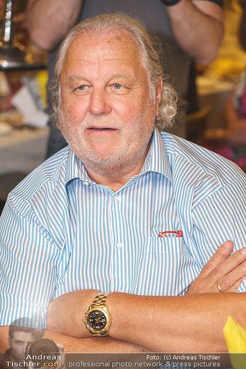 Andy Lee Lang Geburtstag - Marchfelderhof - Mo 27.07.2020 - Hannes KARTNIG (Portrait)84