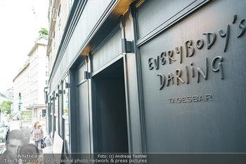 Lokalaugenschein - Everybody´s Darling - Mi 05.08.2020 - Logo, Lokal, Restaurant von außen6