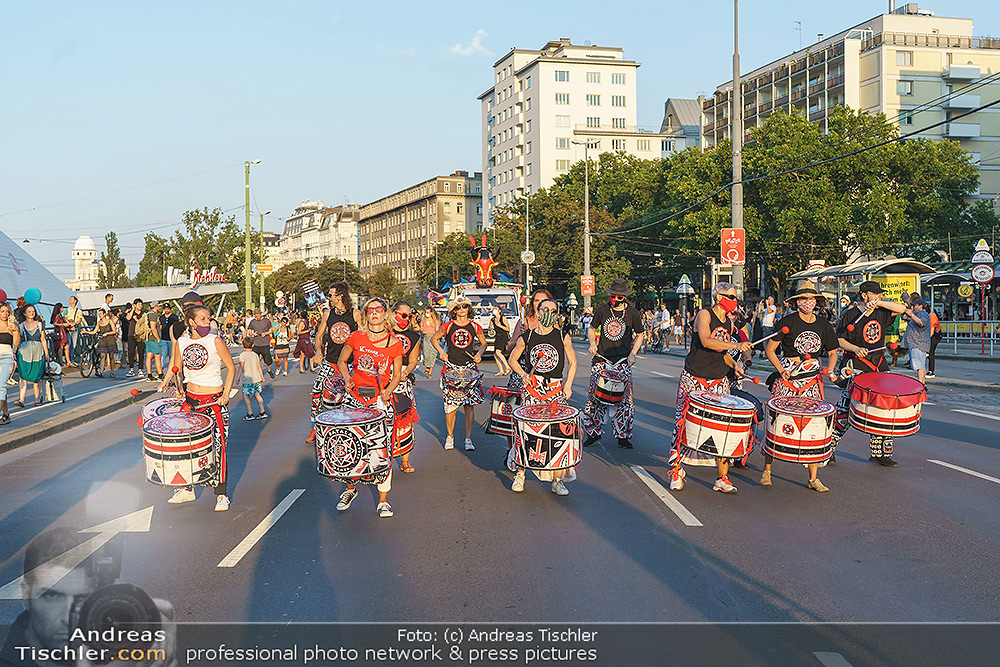 Lokalaugenschein bei Demo - 2020-08-08 - Donaukanal