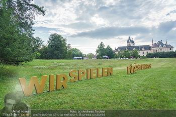 Festspiel Premiere - Grafenegg - Fr 14.08.2020 - Wir spielen für Österreich Schriftzug, Slogan, Buchstaben im G20