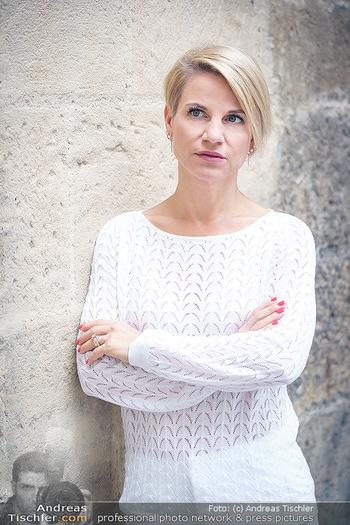 15-Minuten-Fotoshooting Kristina Sprenger - Wien Am Hof - Mo 17.08.2020 - Kristina SPRENGER16