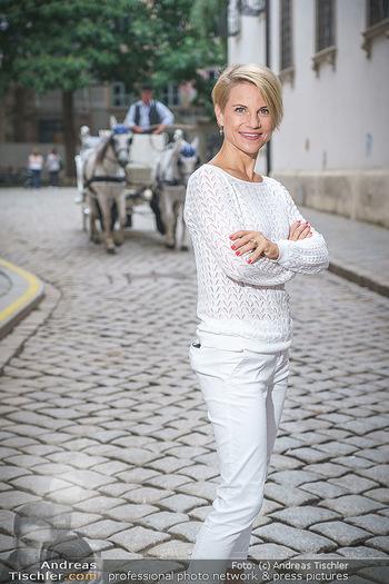 15-Minuten-Fotoshooting Kristina Sprenger - Wien Am Hof - Mo 17.08.2020 - Kristina SPRENGER21