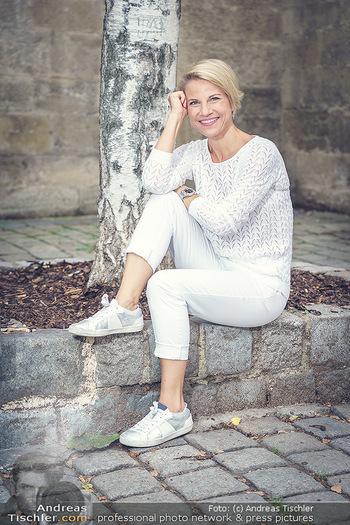 15-Minuten-Fotoshooting Kristina Sprenger - Wien Am Hof - Mo 17.08.2020 - Kristina SPRENGER22