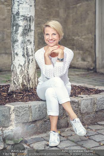 15-Minuten-Fotoshooting Kristina Sprenger - Wien Am Hof - Mo 17.08.2020 - Kristina SPRENGER26