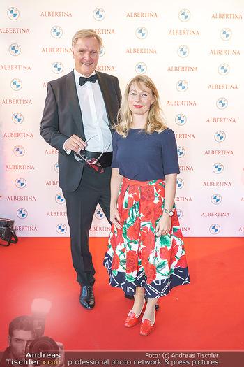 Fundraising Dinner - Albertina, Wien - Do 03.09.2020 - Klaus-Albrecht SCHRÖDER mit Ehefrau Nina2
