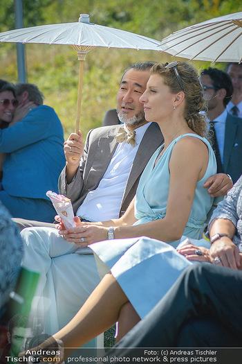 Hochzeit Martin und Gloria Traxl - Purbach, Burgenland - Sa 05.09.2020 - Joji HATTORI mit Ehefrau Sabine22