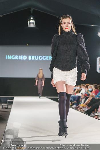 Ingried Brugger Show - Vienna Fashion Week Zelt - Di 08.09.2020 - Model am Laufsteg25
