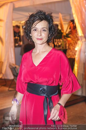Sabine Karner Show - Vienna Fashion Week Zelt - Do 10.09.2020 - Katharina STEMBERGER (Portrait)13