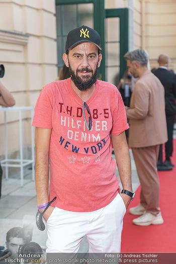 Niko Niko Show - Vienna Fashion Week Zelt - Do 10.09.2020 - 18