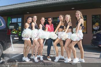 Kinderhilfe Carwash-Day Charity - McDonalds McDrive 1110 und 1230 Wien - Fr 11.09.2020 - Martina JANSKY mit Millenium Dancers22