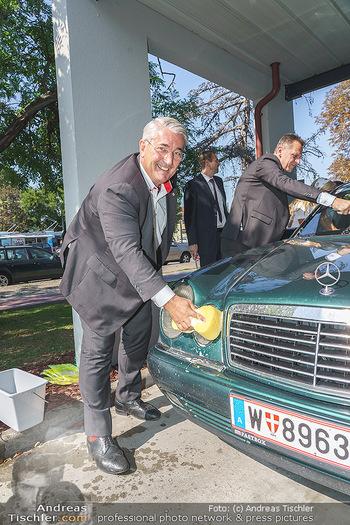 Kinderhilfe Carwash-Day Charity - McDonalds McDrive 1110 und 1230 Wien - Fr 11.09.2020 - Ernst NEVRIVY39