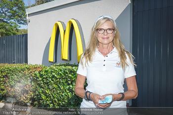 Kinderhilfe Carwash-Day Charity - McDonalds McDrive 1110 und 1230 Wien - Fr 11.09.2020 - Karin SCHMIDT (Präsidentin der Ronald McDonald Kinderhilfe)66