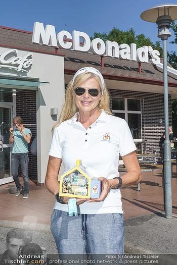 Kinderhilfe Carwash-Day Charity - McDonalds McDrive 1110 und 1230 Wien - Fr 11.09.2020 - Karin SCHMIDT (Präsidentin der Ronald McDonald Kinderhilfe)67